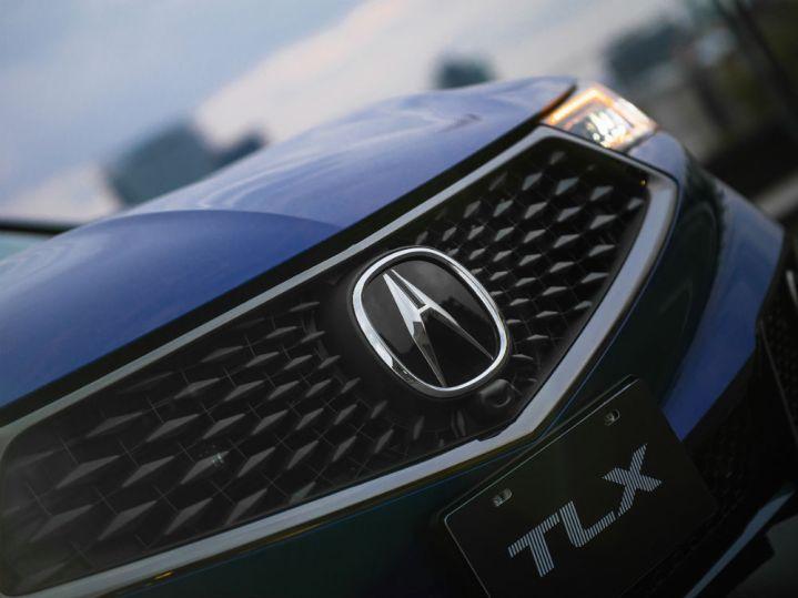 Acura TLX-3