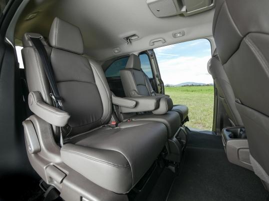 Honda Odyssey web-31