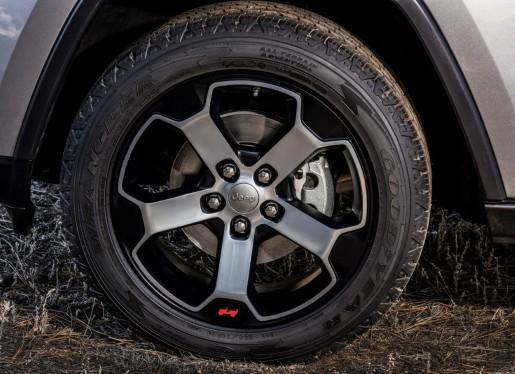 thumbnail_Jeep® Grand Cherokee Trailhawk 2018_10