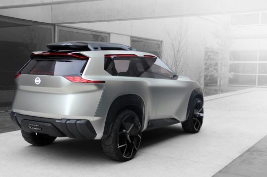 """Para Nissan Xmotion Concept, la parrilla """"V-motion"""" ha evolucionado aún más, ahora es más ancha, poderosa y profunda que nunca."""