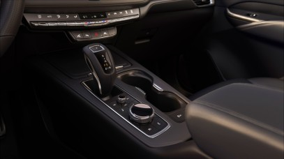 The 2019 XT4 was developed on an exclusive compact SUV architecture. Cadillac's entry in the industry's fastest-growing luxury segment delivers expressive design, confident performance, spacious accommodations and new technologies. Pre-production model shown