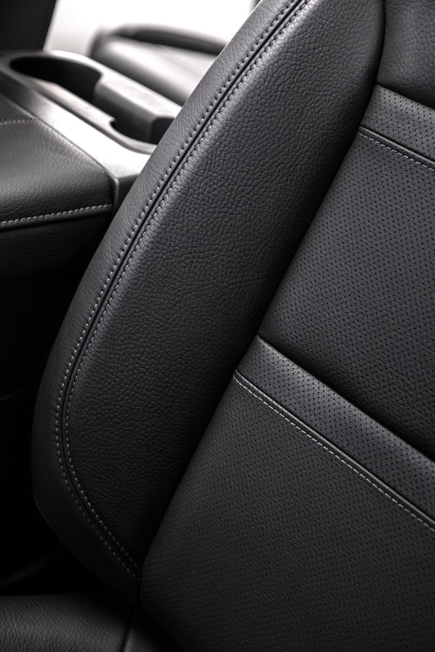 2019 GMC Sierra Denali-exclusive premium leather