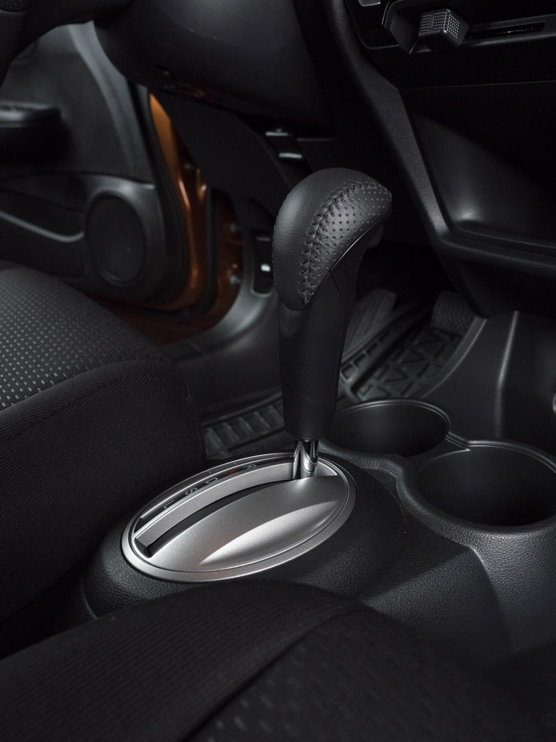 Honda BR-V low res-11