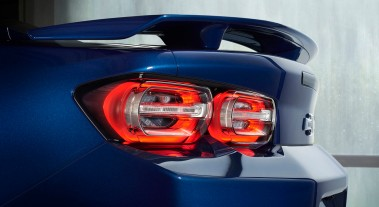 2019 Camaro features new LED taillamps with a more sculptured evolution of Chevrolet's signature dual-element design.