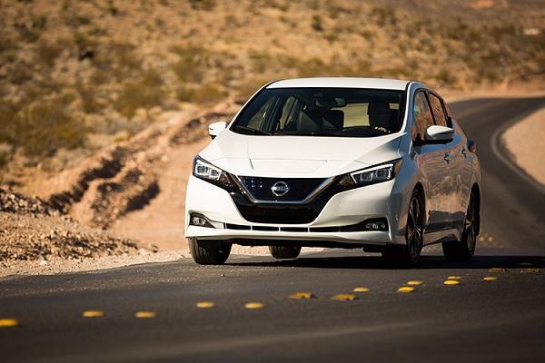 """Novo Nissan LEAF indicado como finalista do """"Carro Mundial do"""