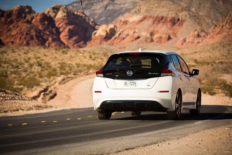 """Nissan LEAF obtiene reconocimiento """"Must Test Drive"""" en Esta"""