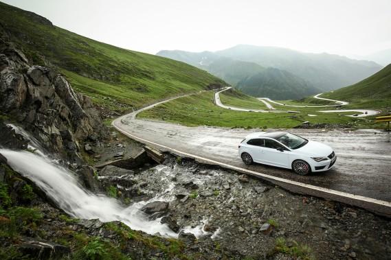 SEAT_Exploring_Places_Al norte de Rumanía se encuentra la conocida carretera de Transfagarasan