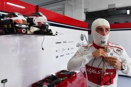 Alfa Romeo Sauber_GP España_LECLERC pit