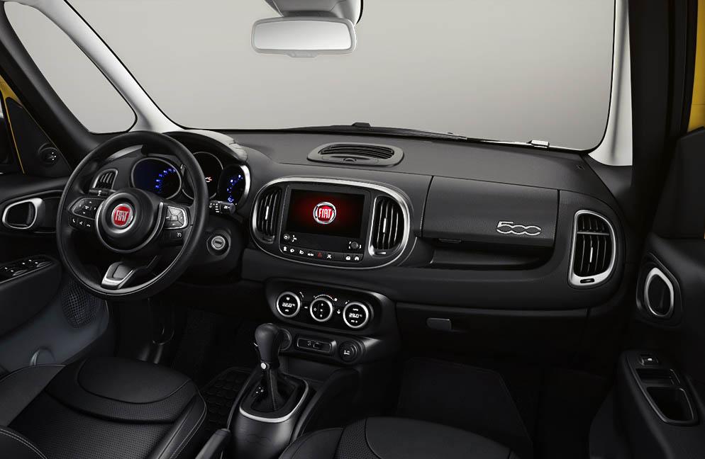 Fiat 500L 2018_interior2