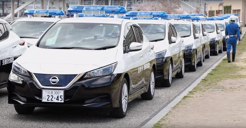 El nuevo Nissan LEAF se convierte en patrulla de policía en Jap