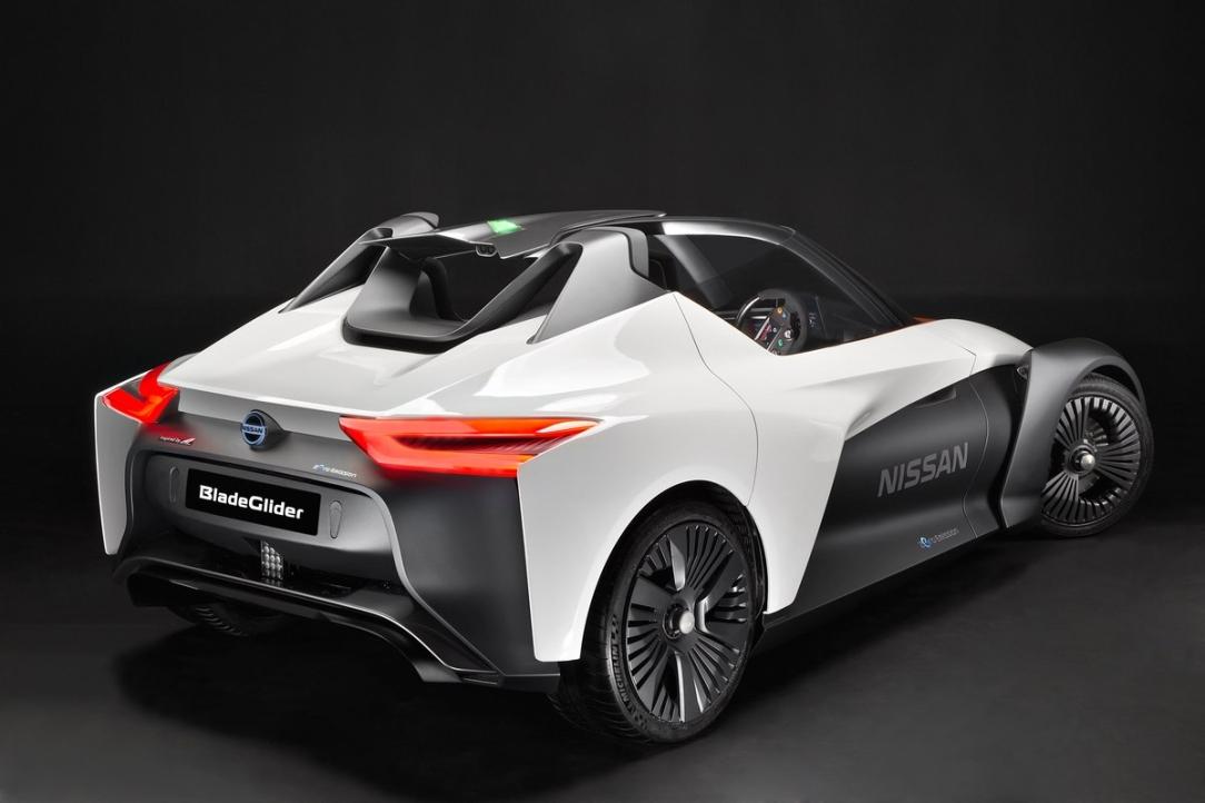..La visi—n de Nissan Intelligent Mobility es presentada en el