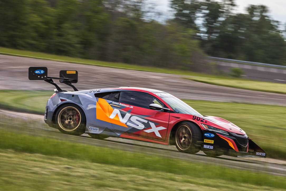 Acura Returns to the Pikes Peak Hill Climb