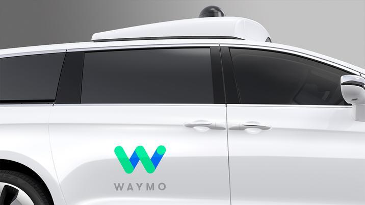 Chrysler Pacifica Hybrid - Waymo_5
