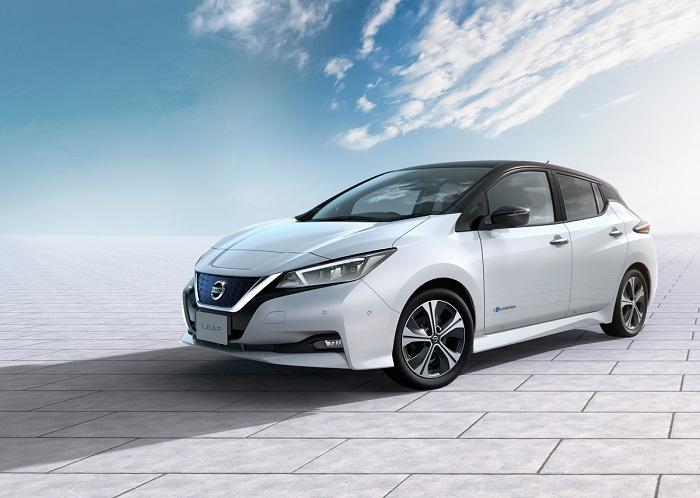 Nissan comparte las raíces de su liderazgo en vehículos eléct