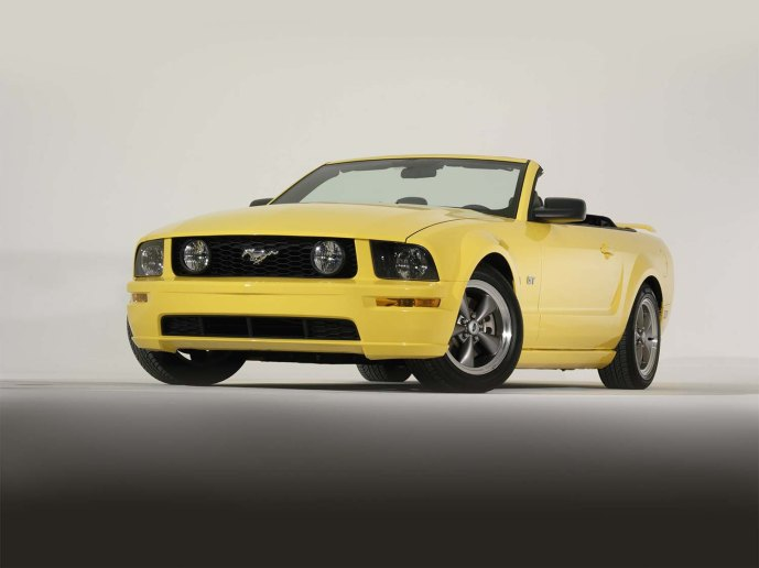 2005 Ford Mustang GT convertible