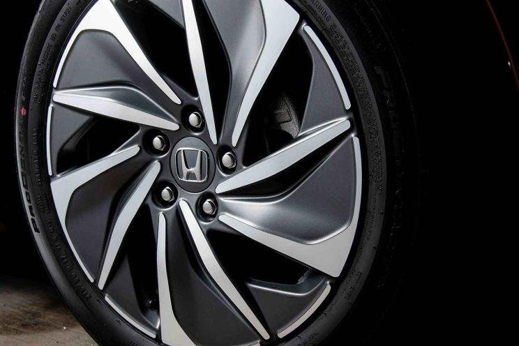 Honda Insight-8_Baja