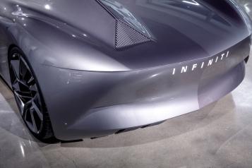 INFINITI Prototype 9 y Prototype 10 en exhibición en el Museo Automotriz Petersen