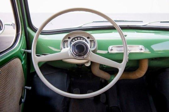 1960-SEAT-600-steering-wheel_HQ