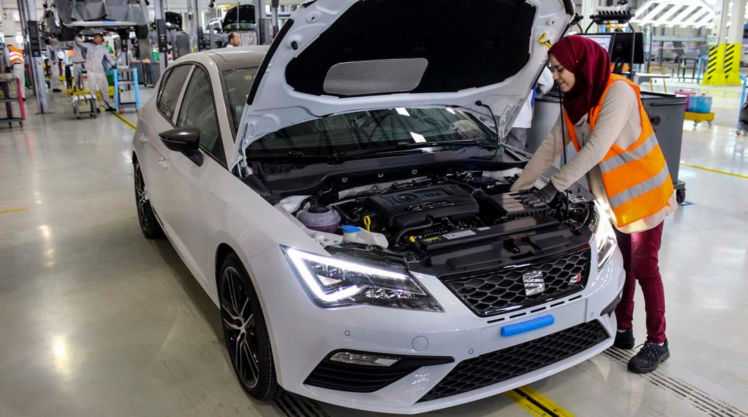 SEAT-enhances-growth-in-Algeria-with-the-assembly-of-the-Ateca_004_HQ