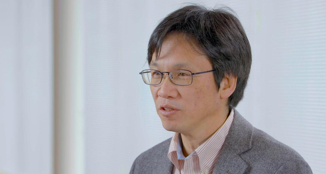 El experto en tecnología de Nissan, Tetsuro Ueda, explica su vi