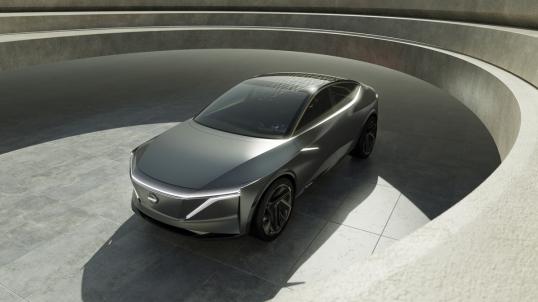 Nissan IMs Concept es un estudio avanzado sobre las proporciones progresivas, que resulta en un tipo de vehículo completamente nuevo: el sedán deportivo elevado.