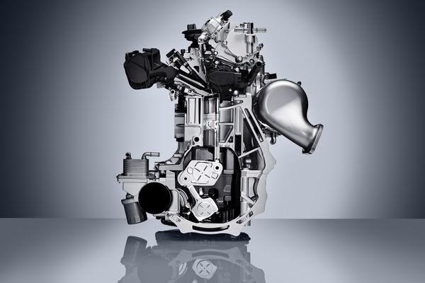 """INFINITI VC-Turbo, galardonado con el premio """"Motorizaciones i"""