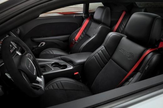 Dodge Challenger SRT Hellcat 2019 INT