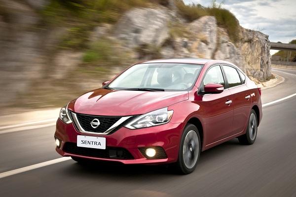 Nissan presenta sus vehículos con el mejor rendimiento de combu