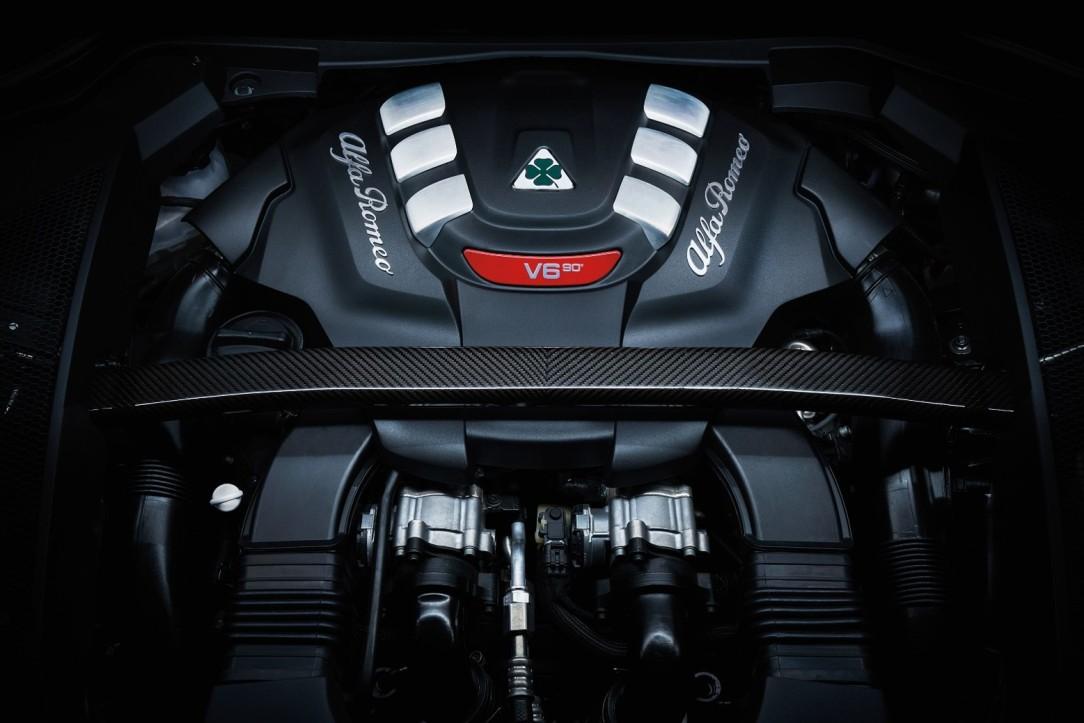 Alfa Romeo Stelvio Quadrifoglio Verde_ENG
