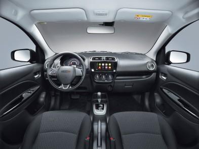 Dodge Attitude 2019_Interior1