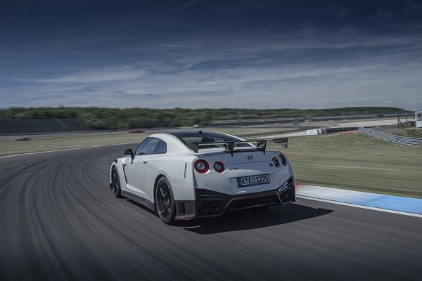 Nissan GT-R NISMO 2020 es puesto a prueba en Europa