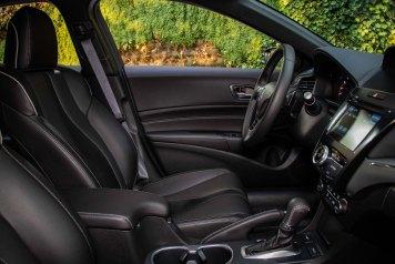 ILX 2020 interior 5