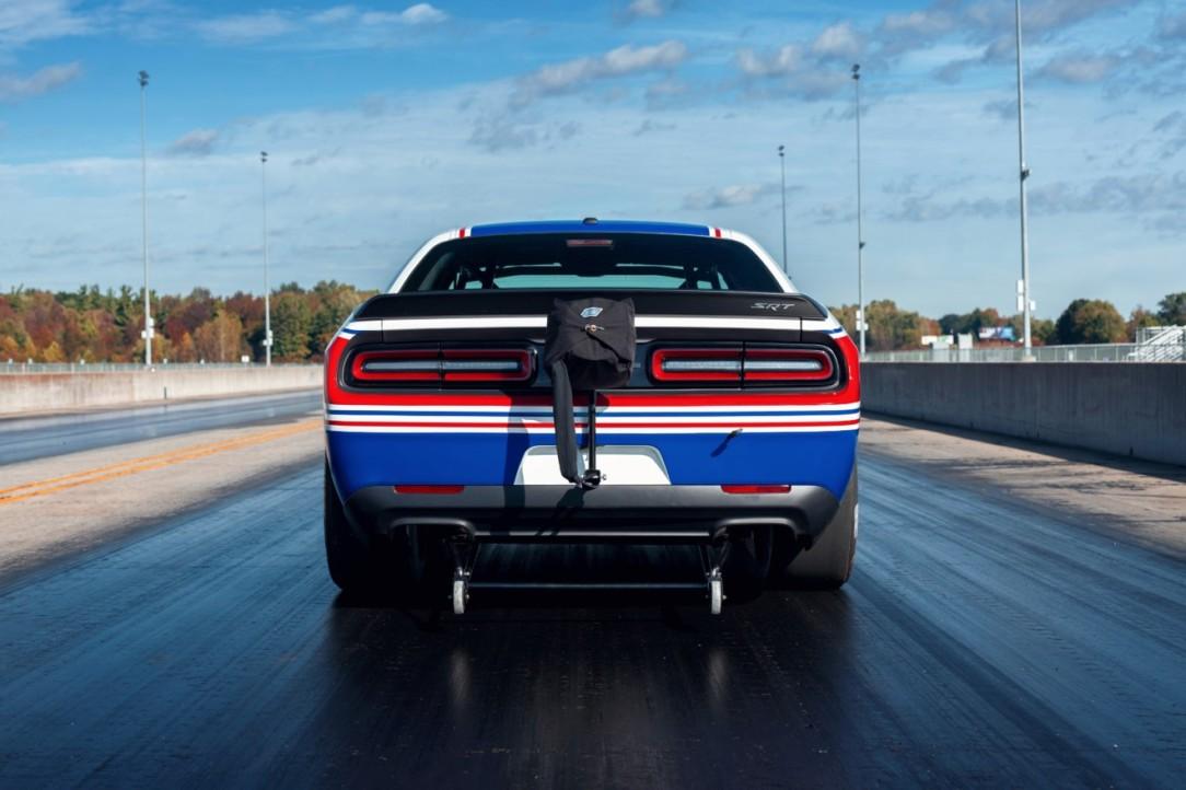Mopar Dodge Challenger Drag Pak_3