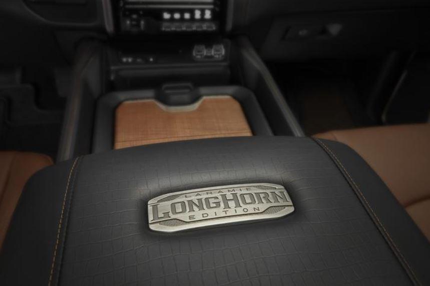 Ram 1500 Mild-Hybrid 2020 Longhorn Bitono_16