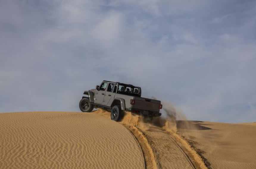 Jeep Gladiator Mojave 2020_13
