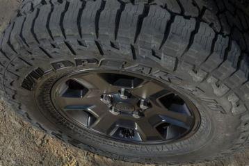 Jeep Gladiator Mojave 2020_14