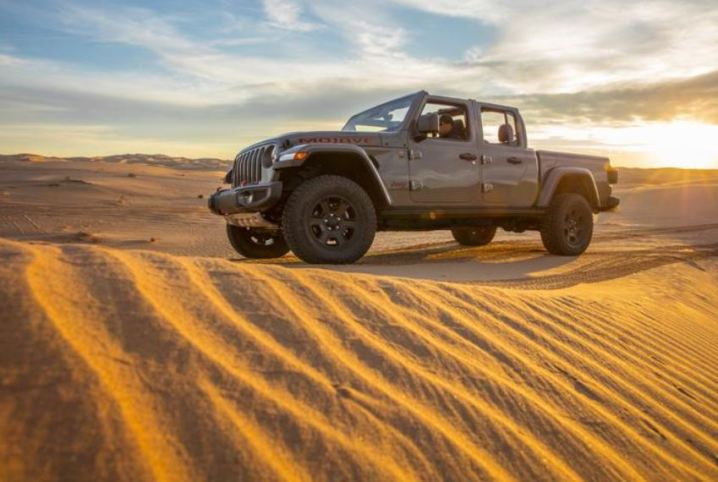 Jeep Gladiator Mojave 2020_16