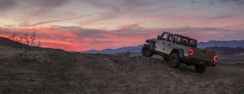 Jeep Gladiator Mojave 2020_19