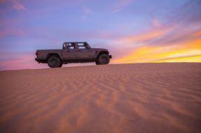 Jeep Gladiator Mojave 2020_20