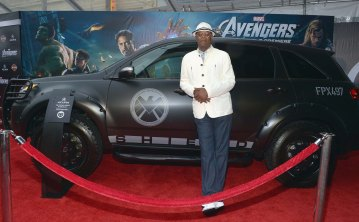 "HOLLYWOOD, CA - APRIL 11: Actor Samuel L. Jackson arrives at Acura at Premiere of Marvel Studios' ""Marvel's The Avengers"" at the El Capitan Theatre on April 11, 2012 in Hollywood, California. (Photo by Charley Gallay/WireImage)"