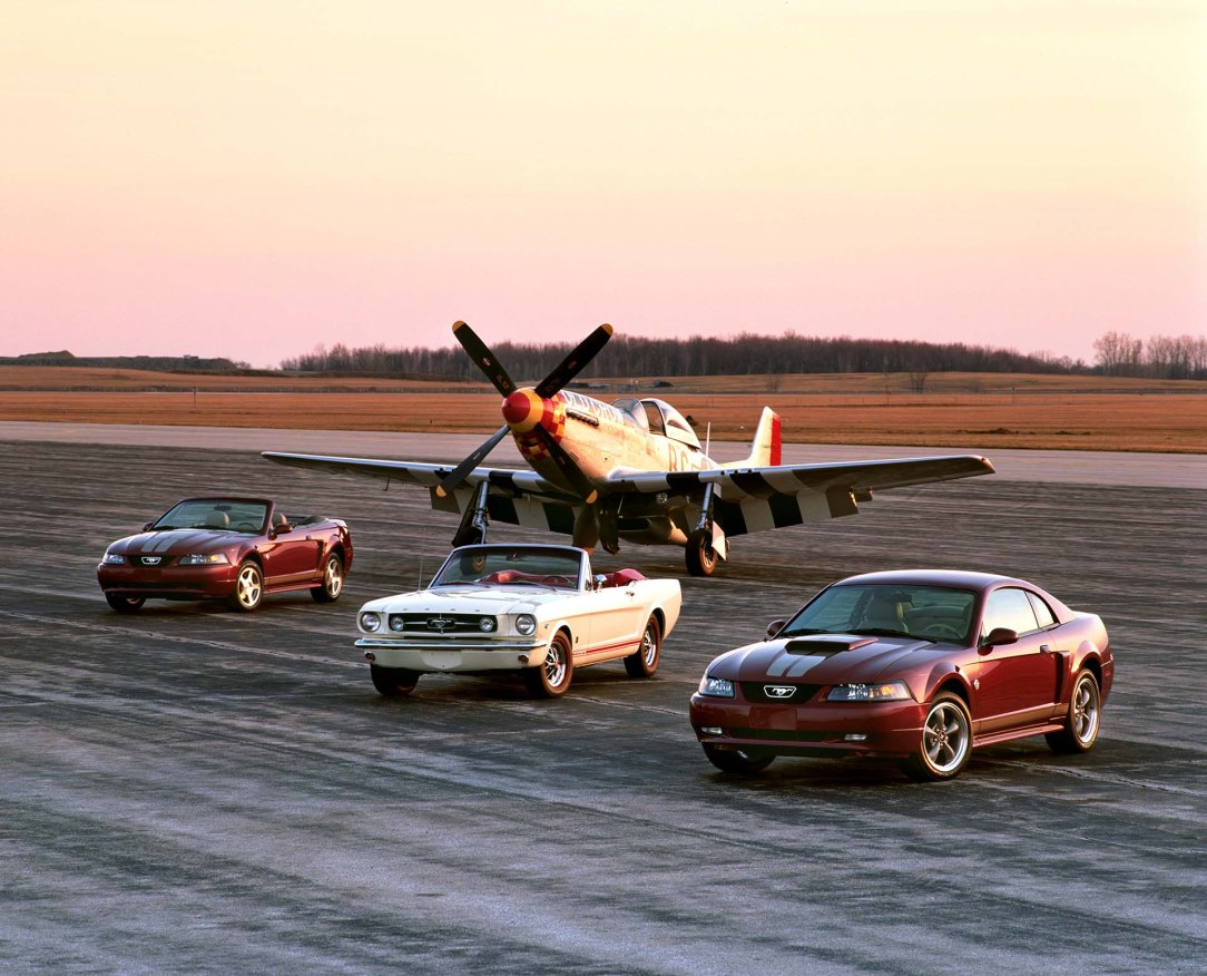 2004 Ford Mustang Anniversary edition and 1965 Mustang with P-51