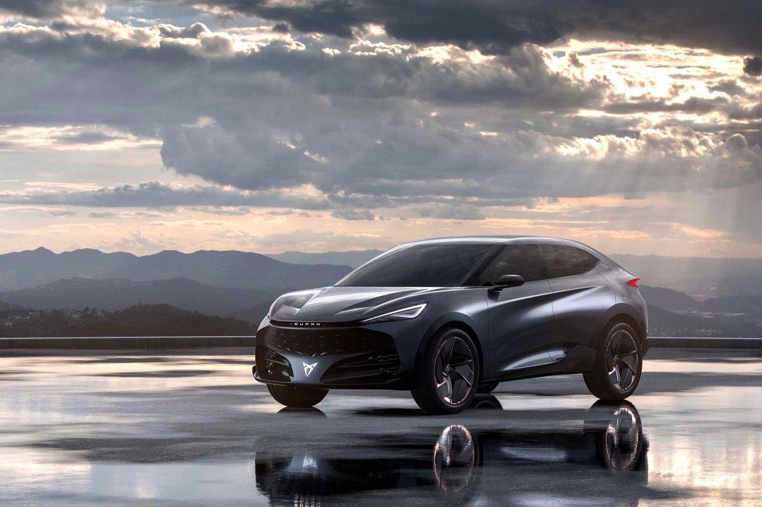 Tavascan-Electric-Concept-wins-2020-Automotive-Brand-Contest_01_HQ