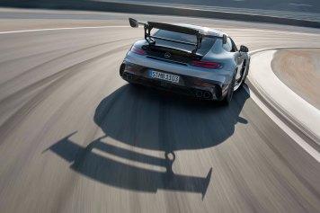 Mercedes-AMG GT Black Series (Kraftstoffverbrauch kombiniert: 12,8 l/100 km, CO2-Emissionen kombiniert: 292 g/km), 2020, Exterieur, Rennstrecke, dynamisch, Heckansicht Mercedes-AMG GT Black Series (combined fuel consumption: 12,8 l/100 km, combined CO2 emissions: 292 g/km), 2020, exterieur, race track, dynamic, back