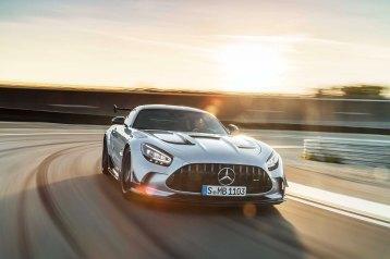 Mercedes-AMG GT Black Series (Kraftstoffverbrauch kombiniert: 12,8 l/100 km, CO2-Emissionen kombiniert: 292 g/km), 2020, Exterieur, Rennstrecke, dynamisch, Front, hightechsilber Mercedes-AMG GT Black Series (combined fuel consumption: 12,8 l/100 km, combined CO2 emissions: 292 g/km), 2020, exterieur, race track, dynamic, front, hightechsilver