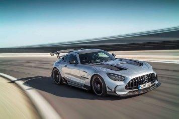 Mercedes-AMG GT Black Series (Kraftstoffverbrauch kombiniert: 1 2,8 l/100 km, CO2-Emissionen kombiniert: 292 g/km), 2020, Exterieur, Rennstrecke, dynamisch, Front, Seite, hightechsilber Mercedes-AMG GT Black Series (combined fuel consumption: 12,8 l/100 km, combined CO2 emissions: 292 g/km), 2020, exterieur, race track, dynamic, front, side, hightechsilver