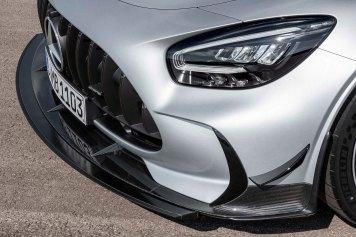 Mercedes-AMG GT Black Series (Kraftstoffverbrauch kombiniert: 12,8 l/100 km, CO2-Emissionen kombiniert: 292 g/km), 2020, Exterieur, Front, Front-Diffusor, Aerodynamik, hightechsilber Mercedes-AMG GT Black Series (combined fuel consumption: 12,8 l/100 km, combined CO2 emissions: 292 g/km), 2020, Exterieur, front, front diffusor, aerodynamics, hightechsilver