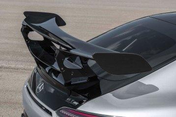 Mercedes -AMG GT Black Series (Kraftstoffverbrauch kombiniert: 12,8 l/100 km, CO2-Emissionen kombiniert: 292 g/km), 2020, Exterieur, Heck, doppelter Heckflügel, Aerodynamik, hightechsilber Mercedes-AMG GT Black Series (combined fuel consumption: 12,8 l/100 km, combined CO2 emissions: 292 g/km), 2020, Exterieur, rear, double rear wing, aerodynamics, hightechsilver