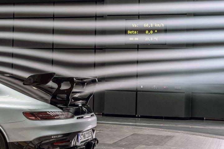 Mercedes-AMG GT Black Series (Kraftstoffverbrauch kombiniert: 12,8 l/100 km, CO2-Emissionen kombiniert: 292 g/km), 2020, Windtunnel, Exterieur, Aerodynamik, hightechsilber, Heck, doppelter Heckflügel Mercedes-AMG GT Black Series (combined fuel consumption: 12,8 l/100 km, combined CO2 emissions: 292 g/km), 2020, exterieur, aerodynamic, hightechsilver, rear, double rear wing