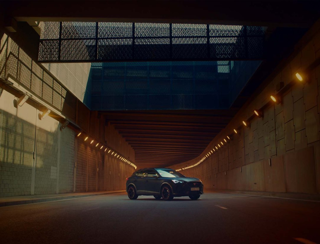 The-CUPRA-Formentor-becomes-the-official-car-of-FC-Barcelona_01_HQ