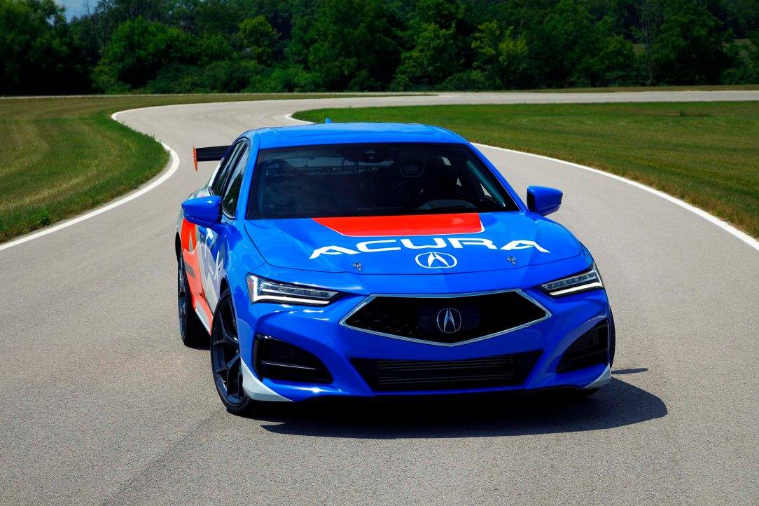2021 TLX Makes Racing Debut at Pikes Peak